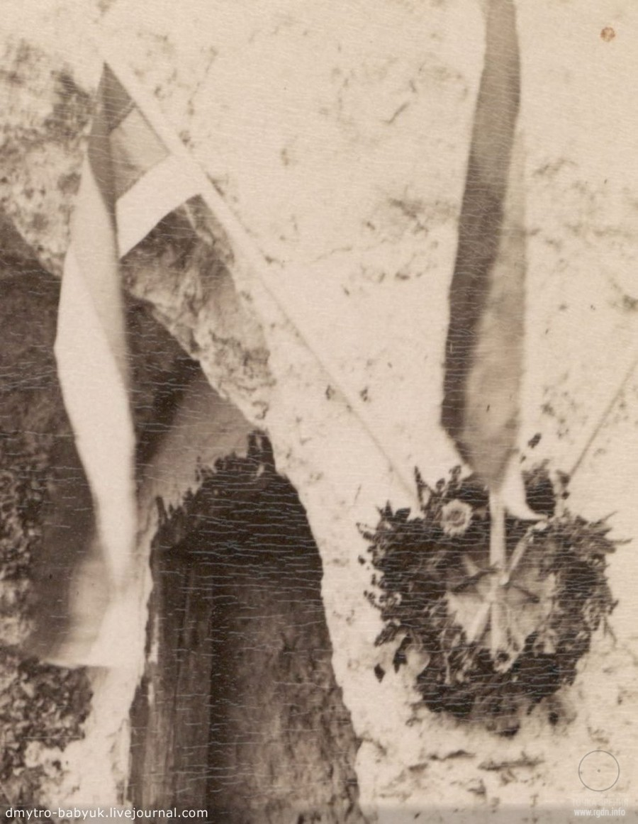 Бакотский монастырь. Фото камня слева с восстановленными фресками. Год 1880. Элемент декора в монастыре