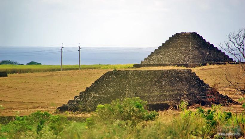 Маврикий пирамиды