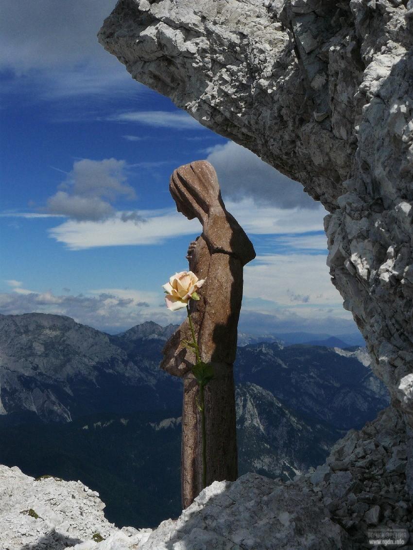 Статуэтка Девы Марии в Италии. The virgin Mary of Creta Grauzaria