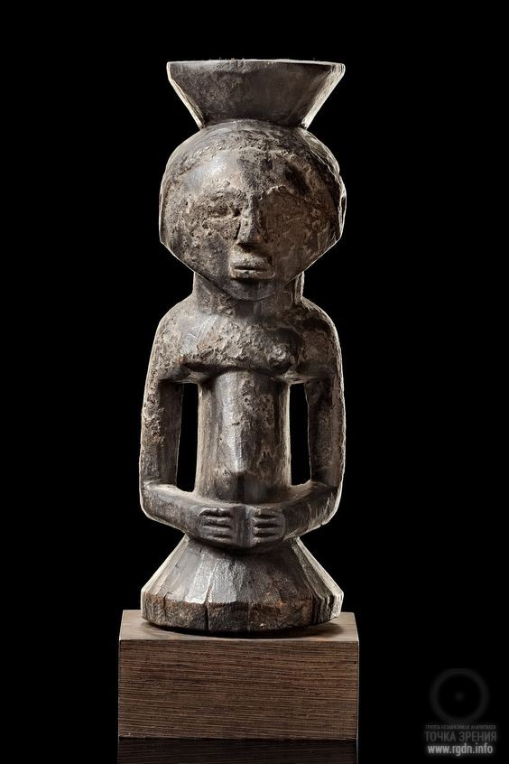 Magical half figure D R Congo, Африка