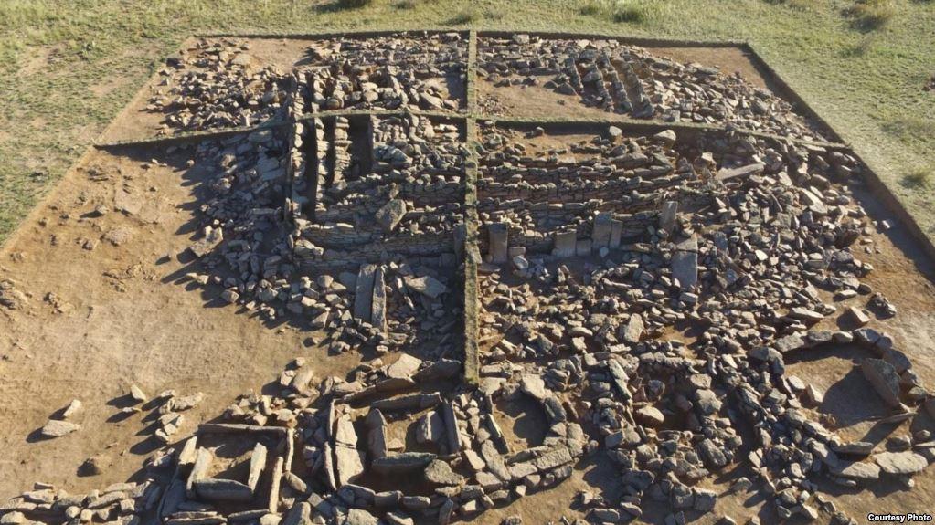 Бегазинская пирамида до реконструкции