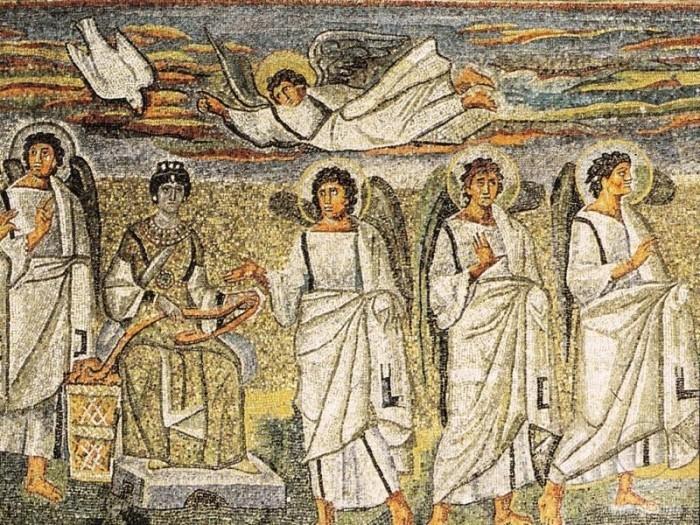 Принято считать, что одно из древнейших изображений Благовещения встречается в катакомбах Присциллы (III век). В этой сцене, где перед сидящей женщиной в тунике стоит юноша в римском одеянии, исследователи видят именно сцену Благовещения.