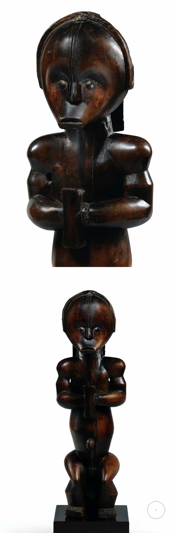 Africa  Statue of very classic Ntumu form