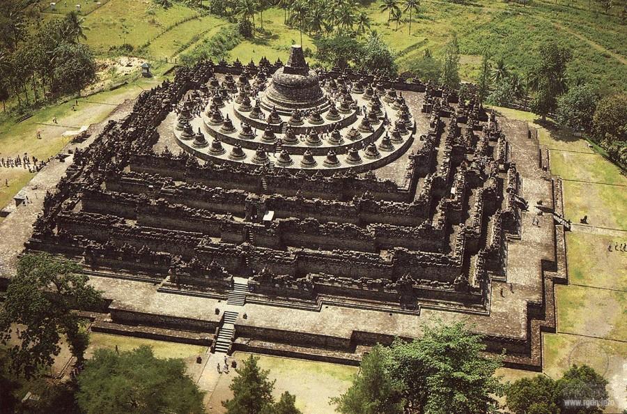 Храм Барабудур
