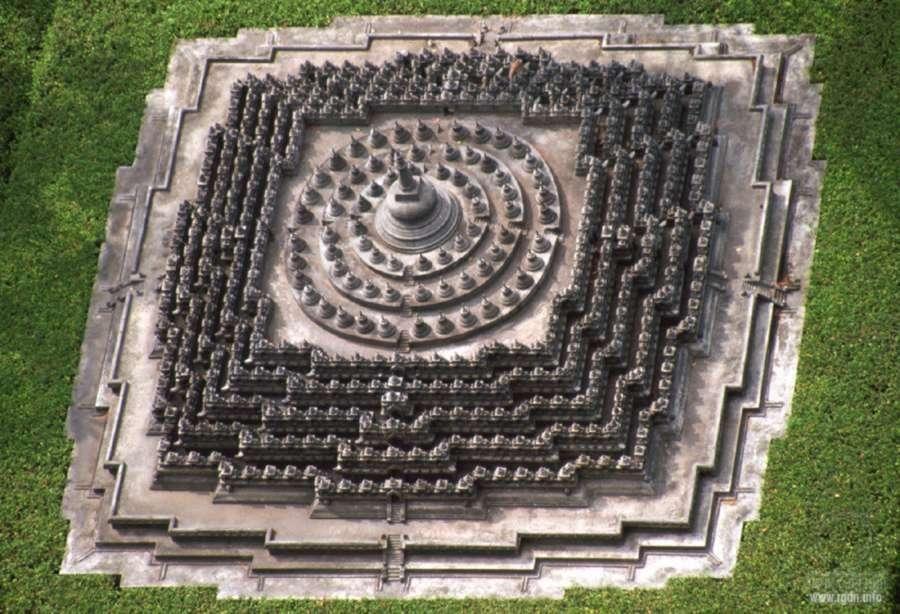 Боробудур храм