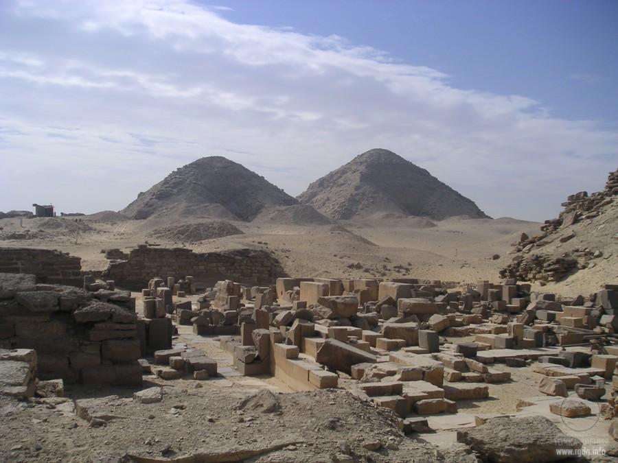пирамиды в Абусире