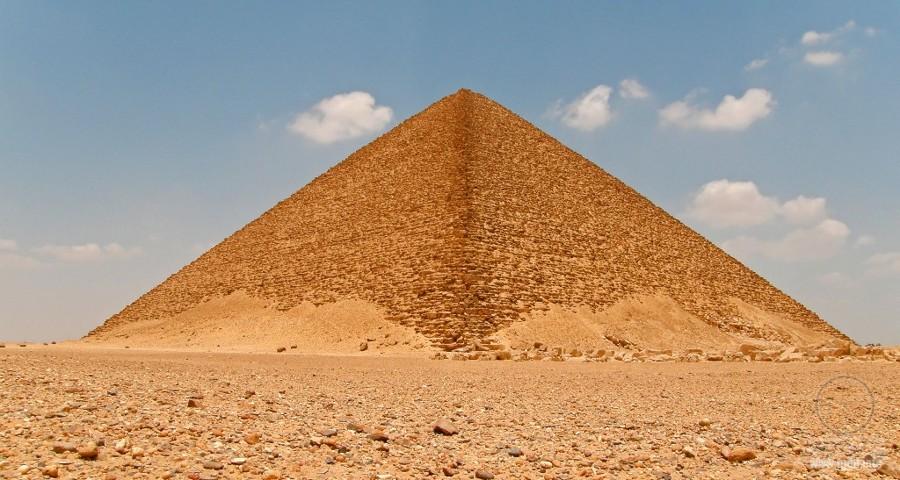 Розовая пирамида, Египет