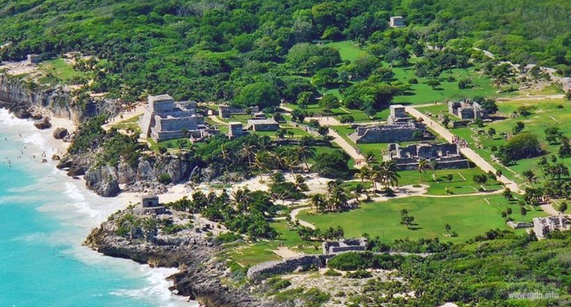 Сама «город рассвета» (Тулум), мексиканские пирамиды майя