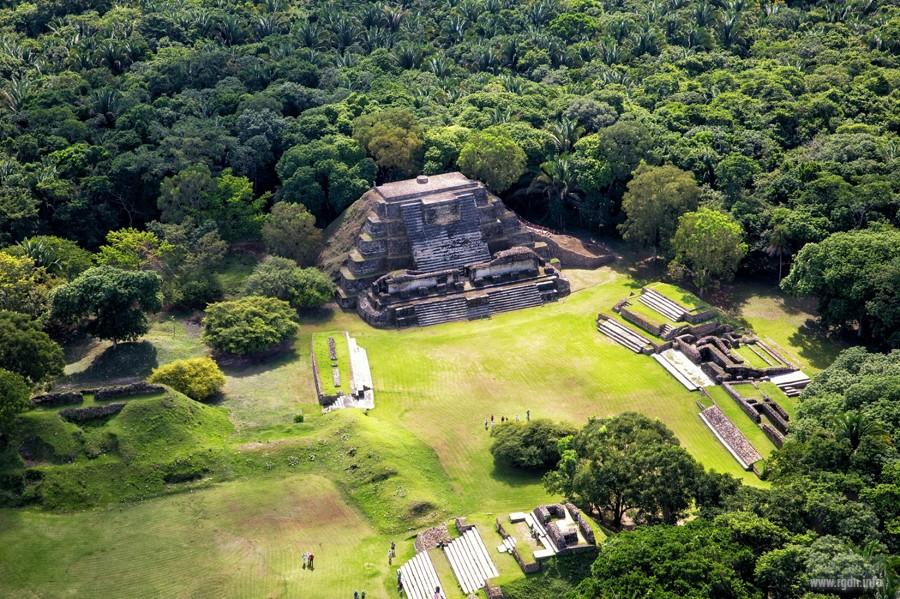 Альтун-Ха, мексиканские пирамиды майя