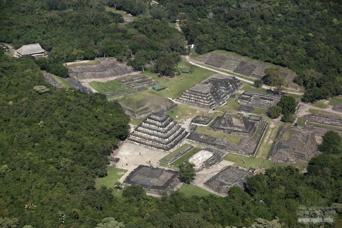 Эль-Тахин «Город Грома», мексиканские пирамиды майя