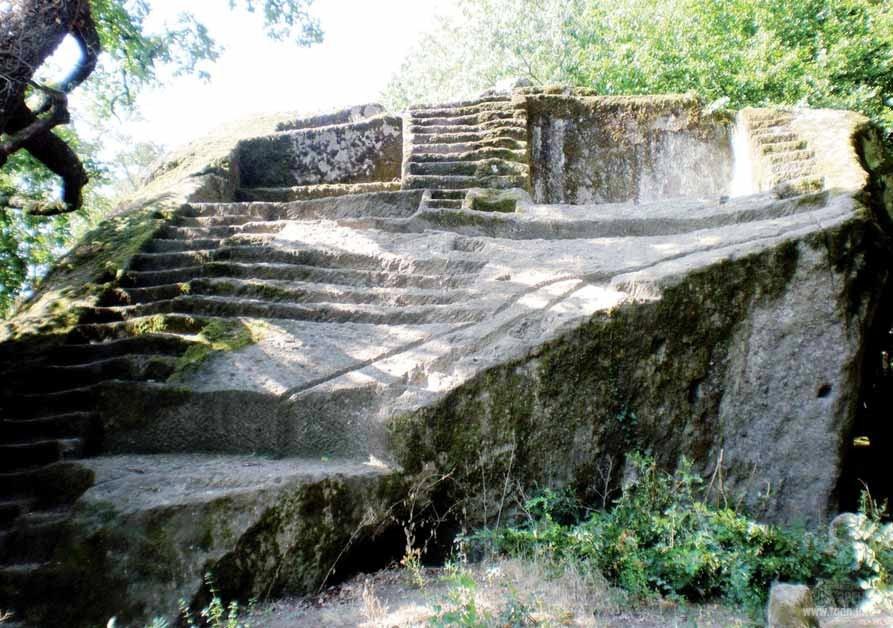 пирамиды в Орвието, этруски