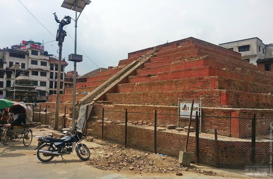 пирамиды в Катманду