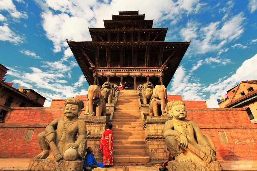 пагоды пирамиды в Катманду