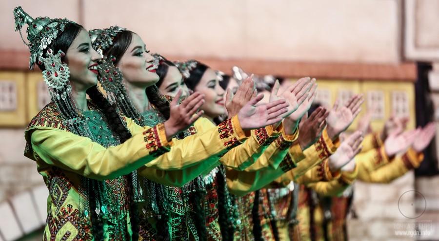праздник Навруз-байрам
