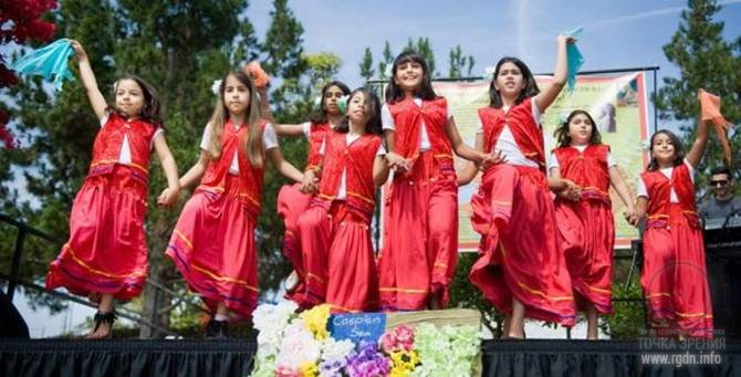 празднование Навруза