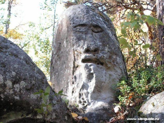 Усть-Тасеевское каменное изваяние, Красноярский край