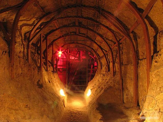 Антониевы пещеры, Чернигов