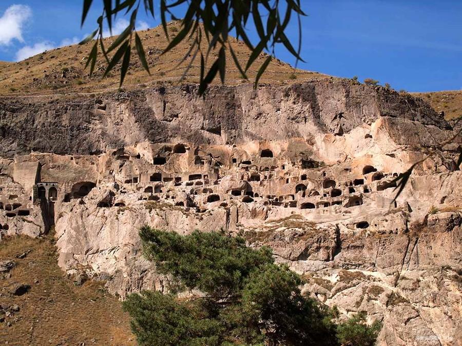 Пещерный монастырь Вардзиа, Иверия