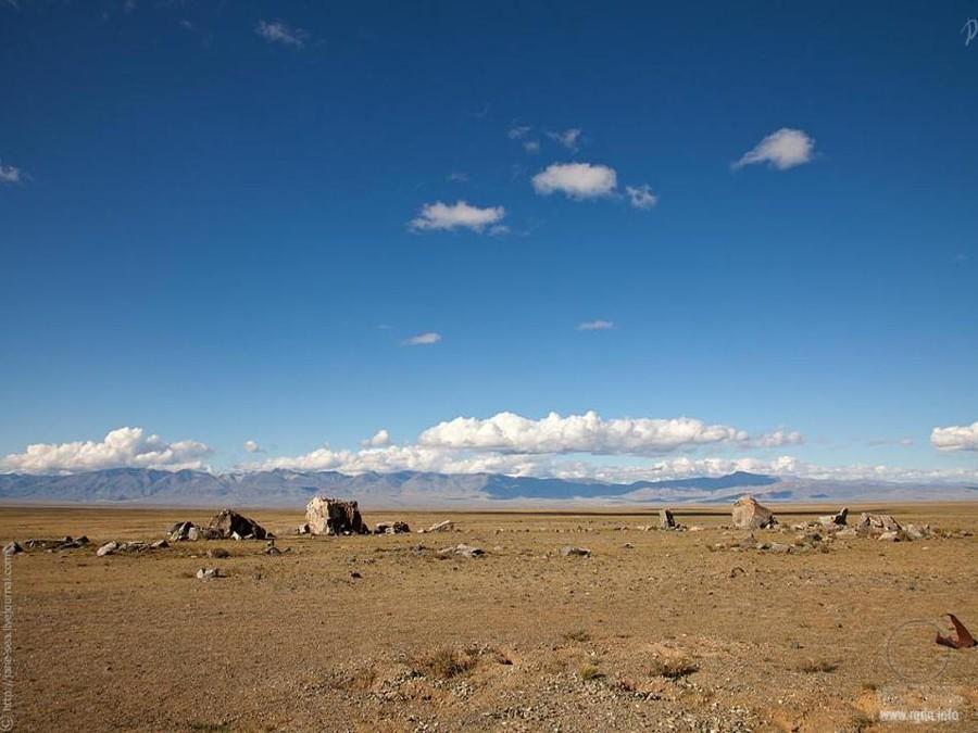 Тархатинский мегалитический комплекс или Алтайский Стоунхендж, Республика Алтай,