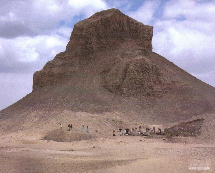 Скачать книгу тайны египетских пирамид