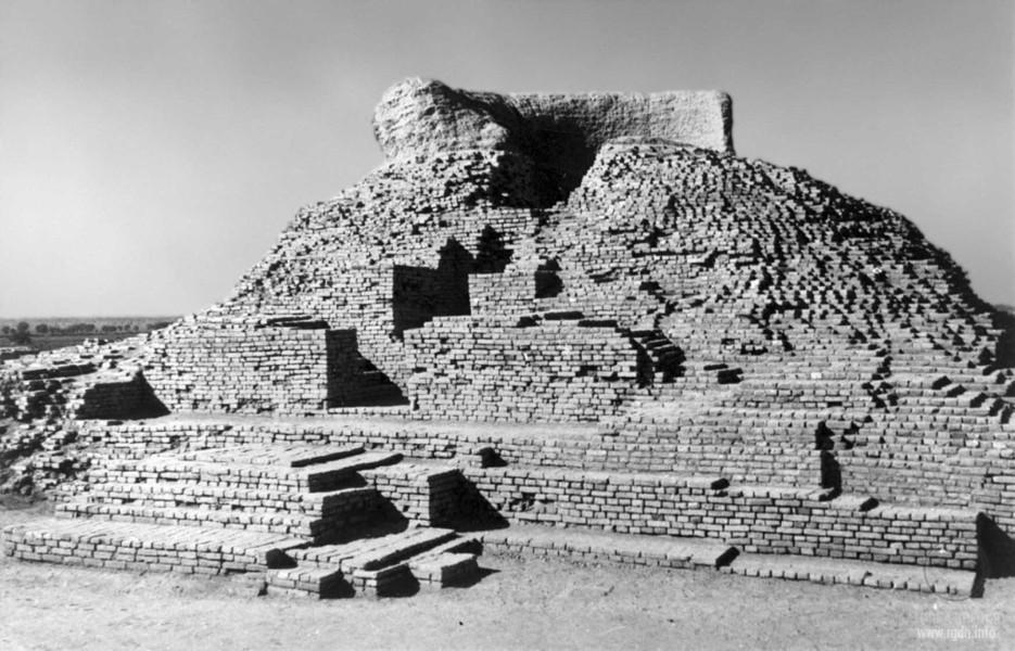 Мохенджо-Даро, раскопки